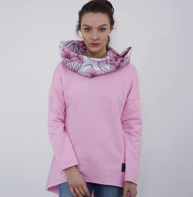 Bluza URBAN REPUBLIC Cosy Cherry Blossom