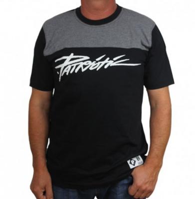 Koszulka PATRIOTIC Tag Shoulder Czarna