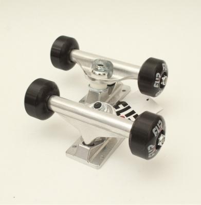 Trucki Combo FLIP RAW 5.25 52mm
